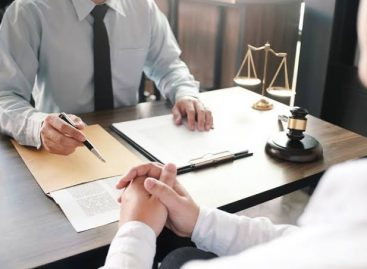 What All To Know Before Getting Along With A Bankruptcy Lawyer