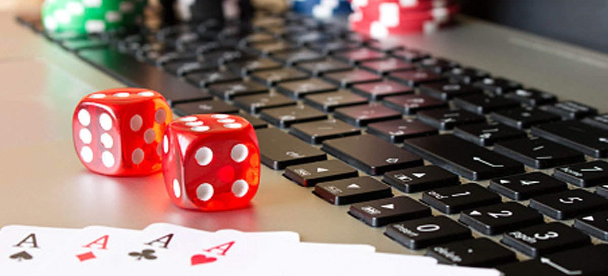 Why Choose Online Poker Over Land Based Poker? Here Is The Explanation!